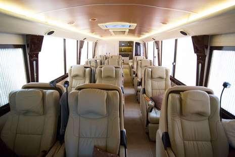 Bagian dalam bus Premium Big Bird
